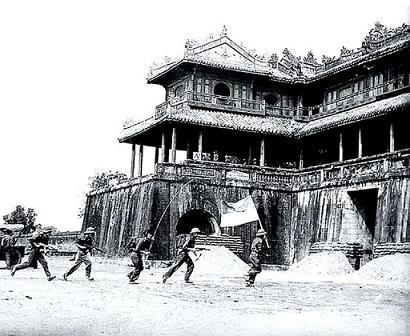 hình ảnh huế 1975