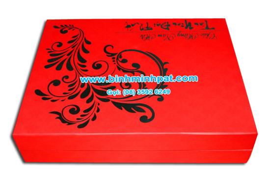in hộp giấy đựng quà tết