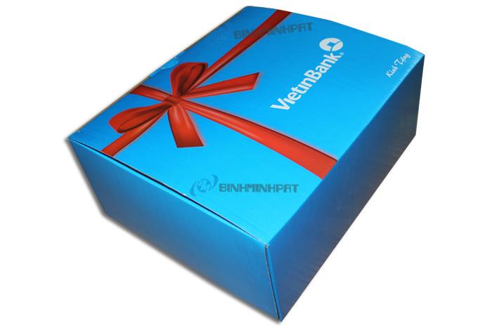 Hộp carton đụng quà ViettinBank