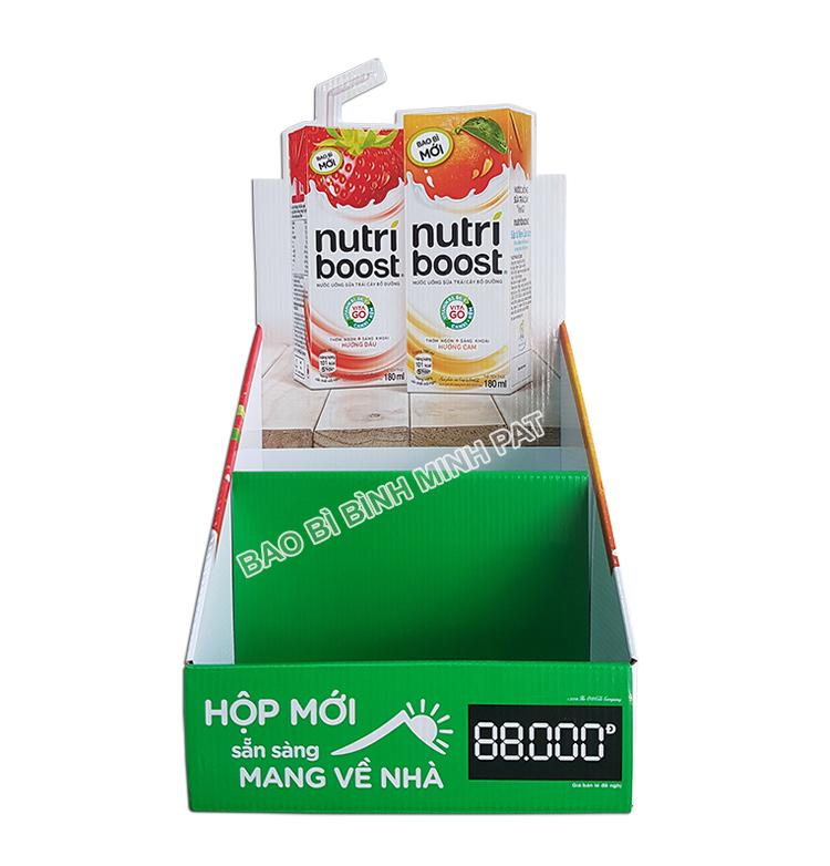 Mẫu Kệ giấy trưng bày sữa Nutri boost tiện dụng, bắt mắt